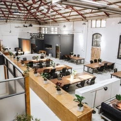 Serviced office centre to rent in Melbourne