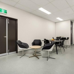 Executive office to let in Melbourne