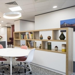 Office suite to hire in Shanghai