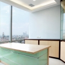 Image of Jakarta executive office. Click for details.
